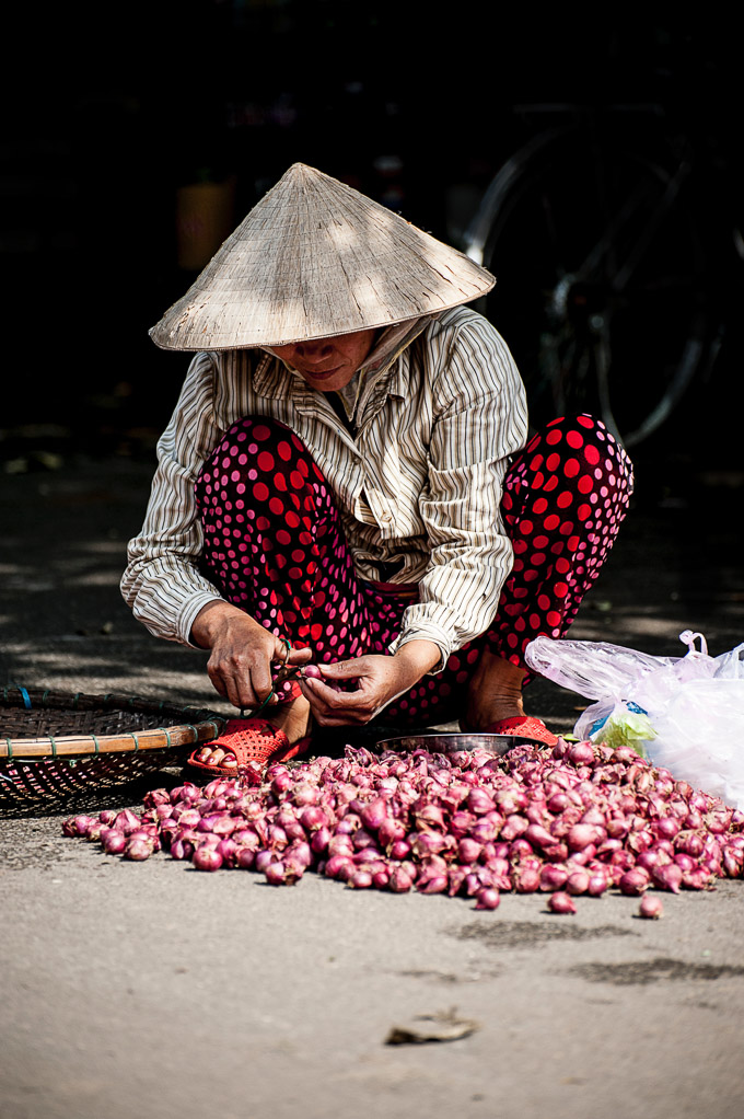 Lady with scallions